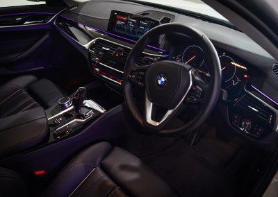 BMW520i WHITE 4