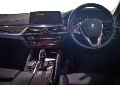 BMW520i WHITE 5