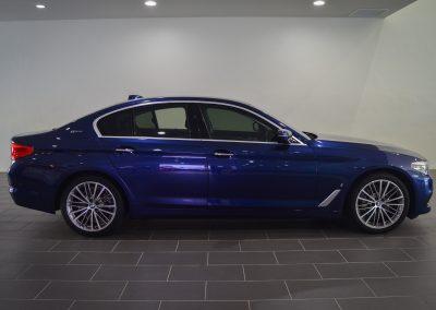 BMW 530e BLUE 1