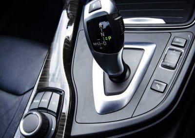 BMW32Oi Luxury (2)
