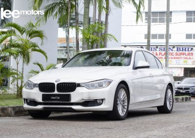 2013 BMW 320i Luxury