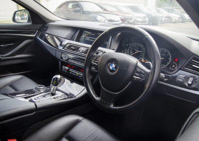 BMW520i M SPORT 1 (7)